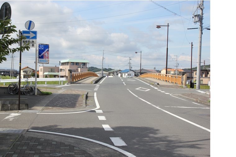 田沼街道の起点・湊橋